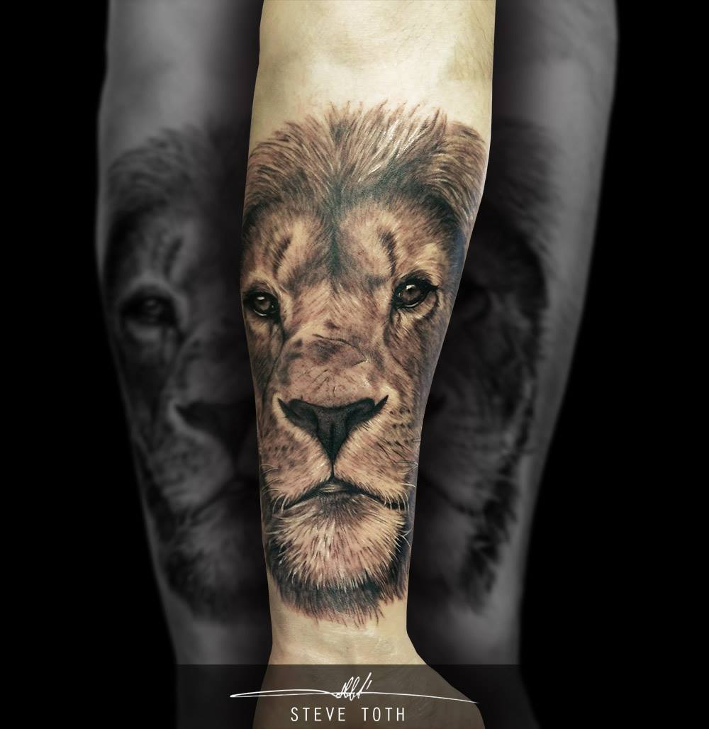 lion tattoo head