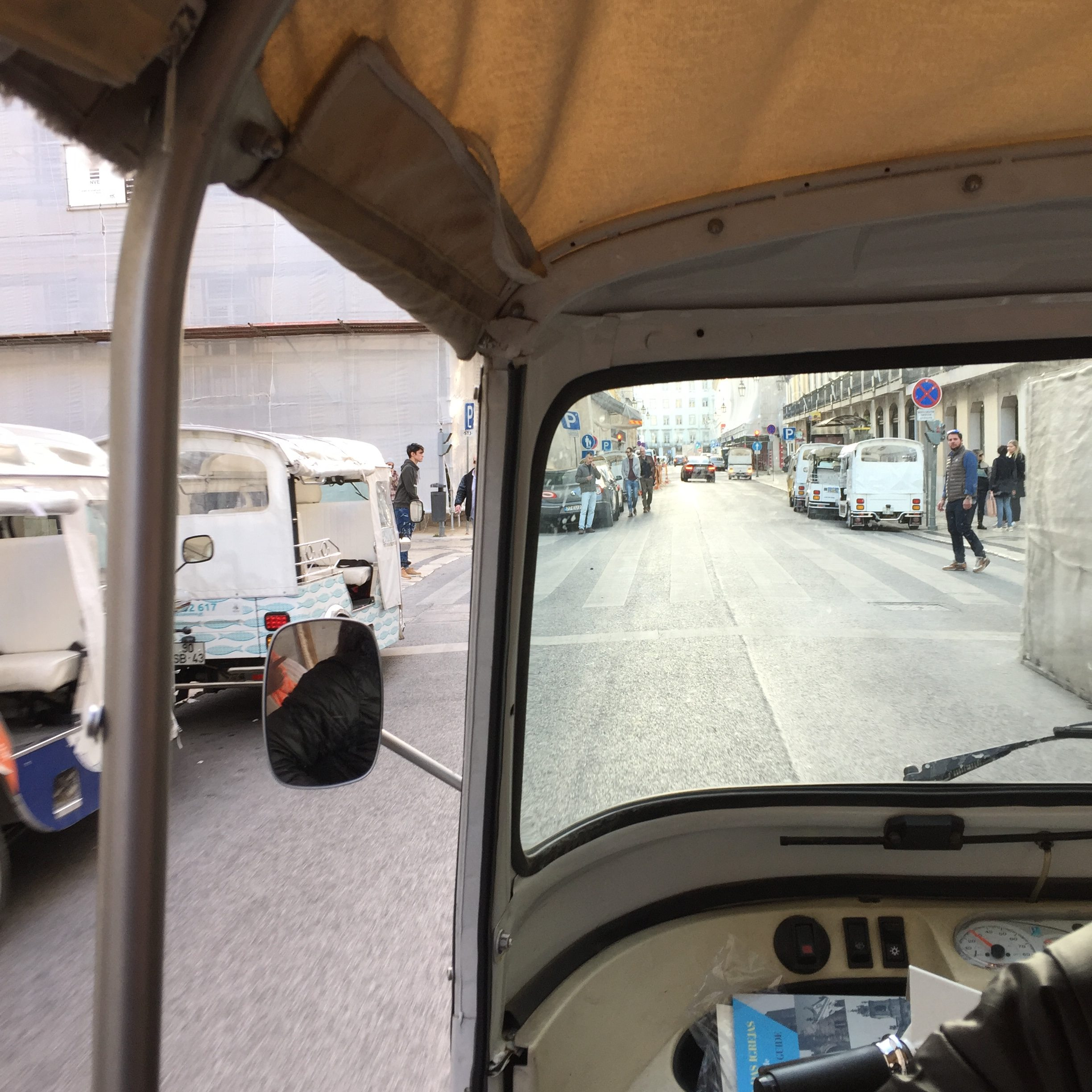 tuk tuk tour in lisbon