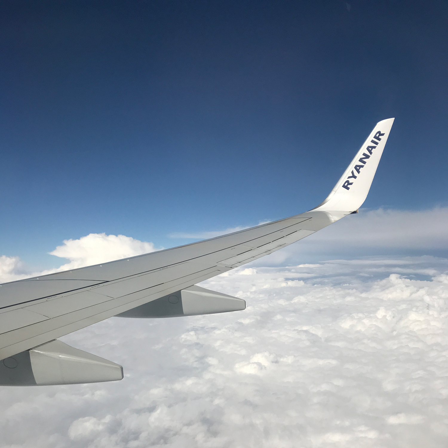 ryanair stansted to toulouse flight